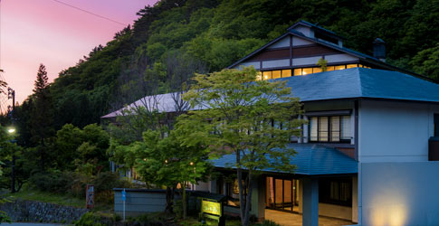 (ホテル名) 別邸 山の季