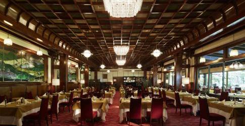 (ホテル名) 万平ホテル