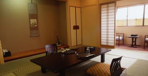 (ホテル名) 料亭旅館人丸花壇